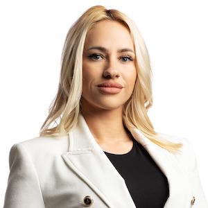 Полина Костадинова